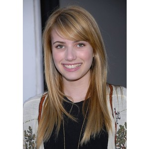 Emma Roberts no makeup