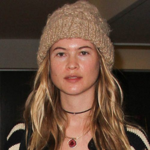 Behati Prinsloo without makeup