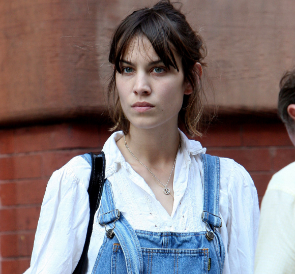 Alexa Chung without makeup1