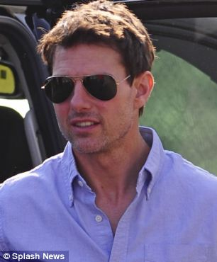 Tom Cruise without makeup