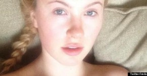Ireland Baldwin no makeup selfie