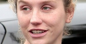 Kesha without makeup