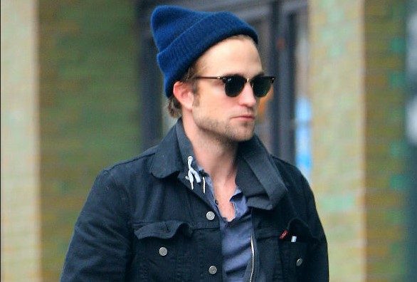 Robert Pattinson without make upRobert Pattinson without make up