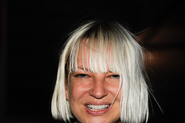 Sia Furler no makeup
