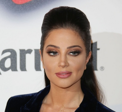 Tulisa Contostavlos with makeup