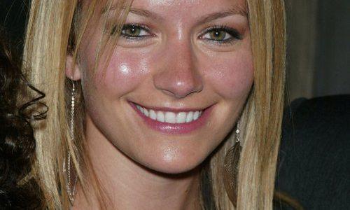 Becki Newton without makeup